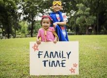 Unité de temps de famille partageant le concept de appartenance d'amour Photographie stock