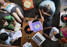 Unité parlante Conce de divertissement de musique d'amitié de personnes Photos stock