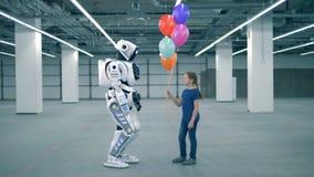 Unité vide d'entrepôt avec d'une petite les ballons gifting fille à un cybrog banque de vidéos