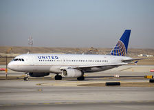 United Airlines Airbus A-320 Stock Photography