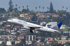 United Airlines Airbus A320-232 N405UA San de partida Diego International Airport Foto de Stock