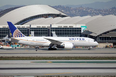 United Airlines Boeing 787-8 Dreamliner Royaltyfria Bilder