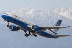 United Airlines Boeing 757-200 Royaltyfria Bilder