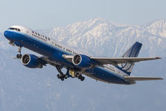 United Airlines Boeing 757 aircraft taking off from Los Angeles International Airport. Stock Photography