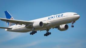 United Airlines Boeing 777-200 aviones Imágenes de archivo libres de regalías