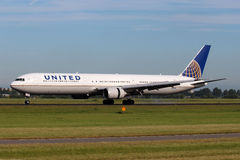 United Airlines Boeing B767-424/ER Royalty Free Stock Photography
