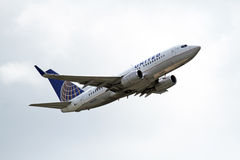 United Airlines Boeing BOEING 737-724 Stock Image