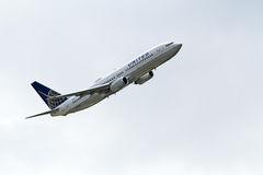 United Airlines Boeing 737-824 Royalty Free Stock Photography