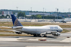 United Airlines Boeing 747 in Frankfurt Royalty Free Stock Photo