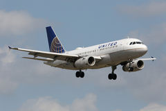 United Airlines flygbuss A319 Royaltyfria Foton