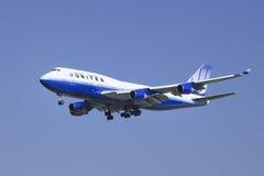 United Airlines N178UA, Boeing 747-422 che atterra a Pechino, Cina Fotografia Stock