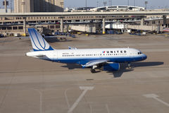 United Airlines Plane Stock Images