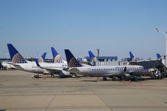 United Airlines planes at the gate at O'Hare International Airport in Chicago Stock Photo