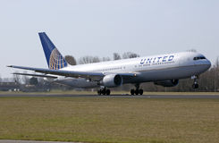 United boeing 767 takeoff Stock Images