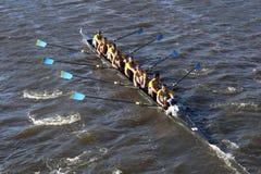 Univ de Delaware compete na cabeça da faculdade Eights de Charles Regatta Men Imagem de Stock Royalty Free