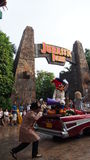 Universal Studios Singapur Beetlejuice Woody Woodpecker lizenzfreies stockfoto
