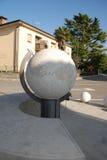 Universellt solur i Aiello Arkivbild