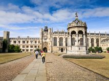 Universidad de la trinidad, Cambridge, Inglaterra foto de archivo