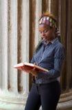Universidad Stude del afroamericano Fotos de archivo libres de regalías