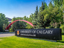 Università di segno dell'entrata di Calgary Fotografia Stock Libera da Diritti