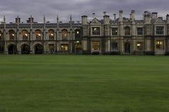 Université de Cambridge, cour d'université de rois Images stock