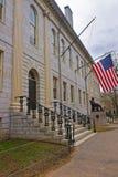 Université Hall et monument de Harvard à l'Université d'Harvard dans le Ca Photos libres de droits
