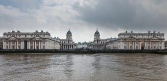 Université navale de Greenwich comme vu du fleuve Tha Images libres de droits