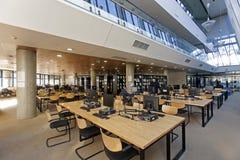 Universitaire bibliotheek in Zagreb stock foto