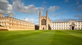 Universiteit van de Koningen van Cambridge de Universitaire royalty-vrije stock afbeeldingen