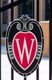 Universiteit van het Embleem van Wisconsin Stock Foto