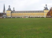 Universitet av Bonn: Sikt över Hofgartenen Arkivfoto