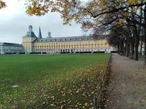Universitet av Bonn: Sikt över Hofgartenen Royaltyfria Foton