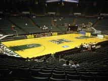 Universitet av den Hawaii basketdomstolen Royaltyfria Bilder