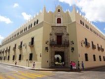 Universitet av Merida i Yucatan Mexico Arkivfoton
