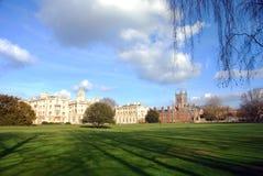 UniversitetarPark i Cambridge, United Kingdom Arkivfoton