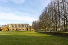 Universitetet av Cambridge är ett college- offentligt forskninguniversitet i Cambridge, England Grundat i 1209 Arkivbild