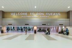 UniversitetslärareMueang internationell flygplats Arkivbild