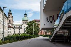 Universitetsområde av universitetet av Innsbruck arkivfoto