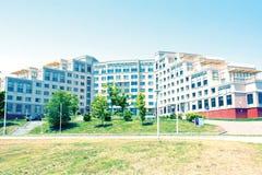 Universitetsområde ryskt Far East federalt universitet-FEFU på för ön, fotografering för bildbyråer