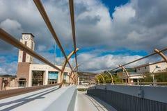 Universitetsområdegångbana under att hota väder Fotografering för Bildbyråer