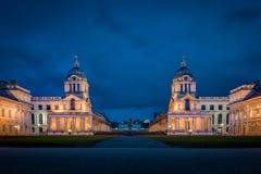 Uniwersytet Greenwich przy nocą zdjęcia royalty free