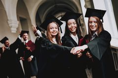uniwersytet kampus giro rozochocony Świętowanie zdjęcie stock
