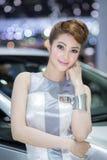 Unkwon-Modell im sexy Kleid an der 30. internationalen Bewegungsausstellung Thailands Stockfotos