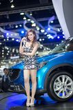 Unkwon-Modell im sexy Kleid an der 30. internationalen Bewegungsausstellung Thailands Stockbild