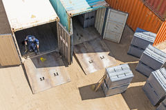 Unloading shipping containers Stock Photos