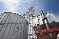 Free Unloading Wheat Stock Image - 45583581