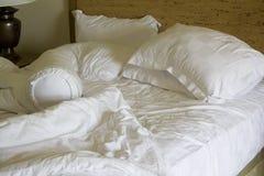 unmade грязное кровати Стоковая Фотография