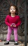 Unnötig geschäftiges kleines Mädchen Lizenzfreie Stockbilder