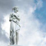 Uno de la cascada del agua de las esculturas Imágenes de archivo libres de regalías
