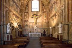 Uno degli altari in basilica di Santa Croce, Firenze Fotografia Stock